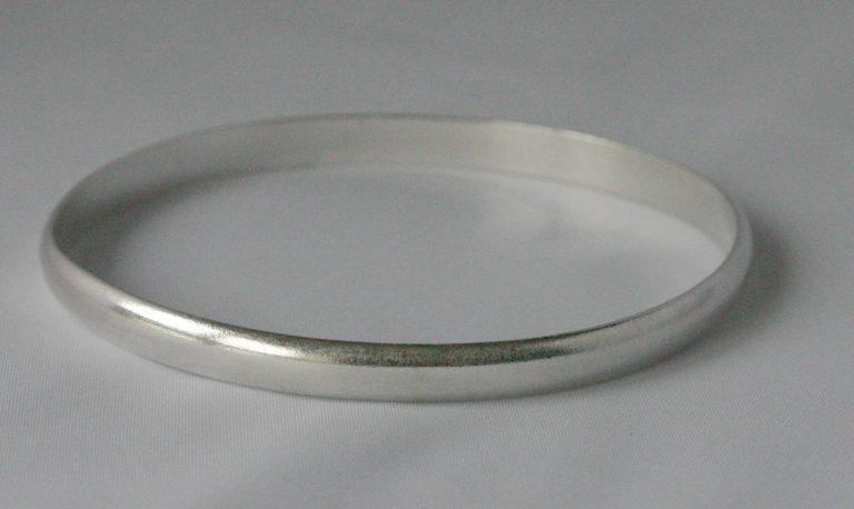 silver bangle workshop