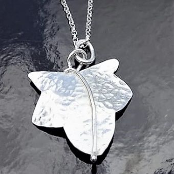 silver ivy leaf