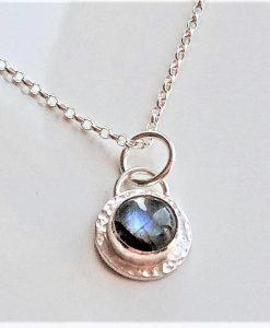 gem set pendant necklace